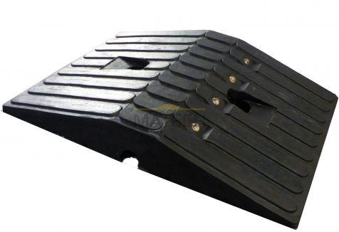 Gumowy próg podrzutowy 5,5cm - element środkowy czarny