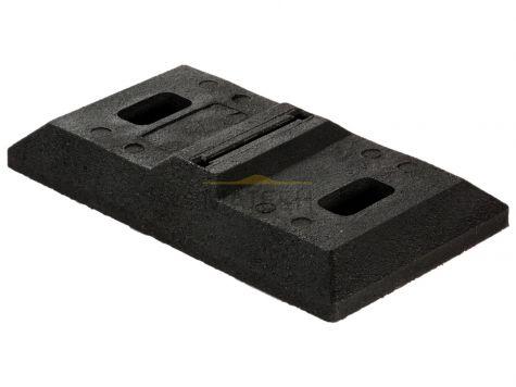 Podstawa gumowa pod elastyczne tablice kierujące typu skandynawskiego P004