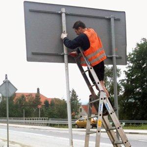 Montaż znaków drogowych Kraków