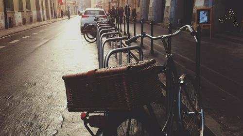 Stojaki rowerowe kraków proste estetyczne